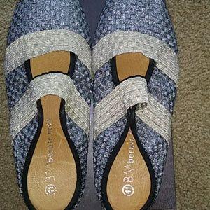 bernie mev. Shoes - NW box Bernie Mev shoes.